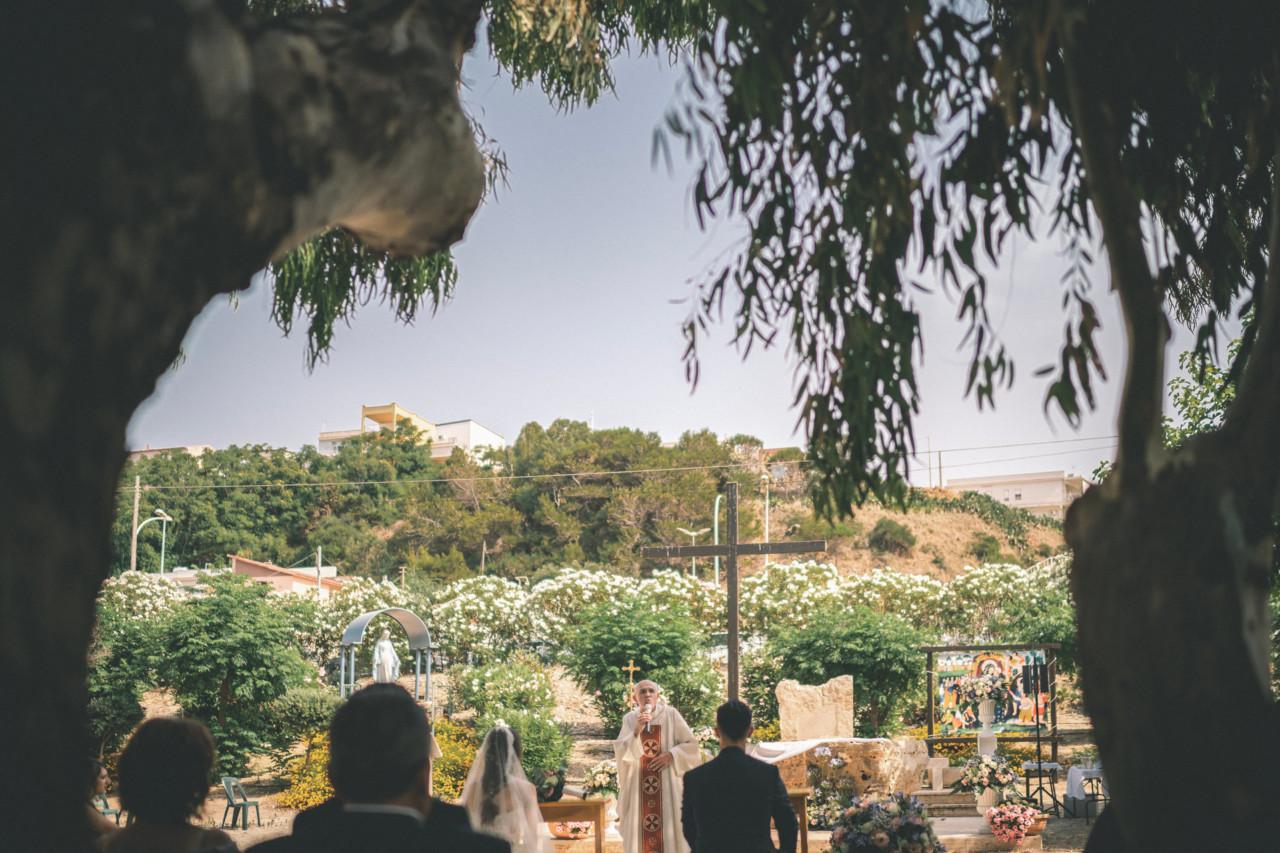 Cerimonia del Matrimonio all'aperto - Oasi Maria Regina della Famiglia. Fotografia di Tommaso D'Angelo